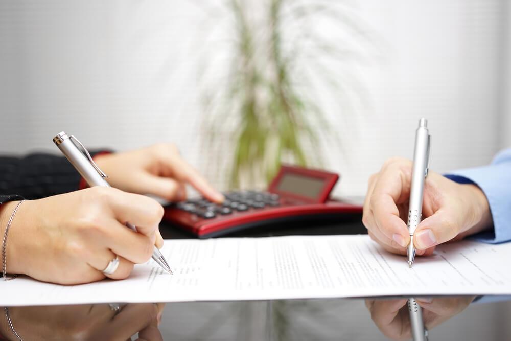 кто должен выплачивать кредит после развода